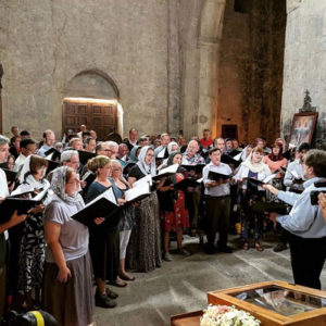 Choir performing on tour in Georgia, organized by John Graham Tours